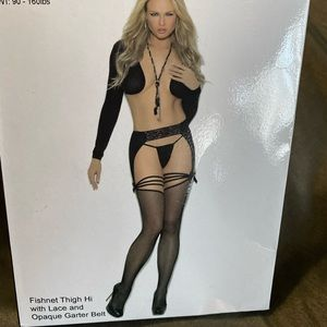 NEW Fishnet thighHi with lace and garter belt